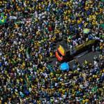 Nghi ngờ tổng thống Brazil tham nhũng?