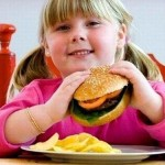 Nguyên nhân gây béo phì ở trẻ em