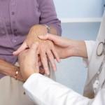 Đề phòng đau khớp ở tuổi mãn kinh