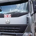 """Bắt 13 xe quá tải được gắn những """"logo"""" lạ ở Bình Dương"""