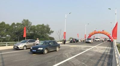 Cầu Hàn vừa được thông xe ngày 22-10, góp phần tạo động lực phát triển kinh tế - xã hội tỉnh Hải Dương.