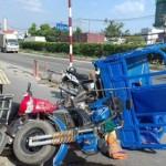Bình Phước: Xe ba gác đâm vào biển báo giao thông gây tai nạn liên hoàn