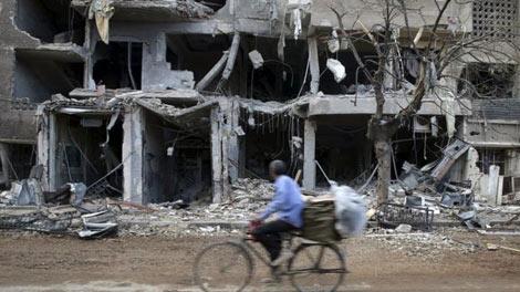 Cuộc xung đột tại Syria đã cướp đi mạng sống của 250.000 người và buộc 11 triệu người phải dời bỏ nhà cửa. Ảnh: Reuters.