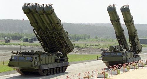 Hệ thống phòng thủ tên lửa S-300.
