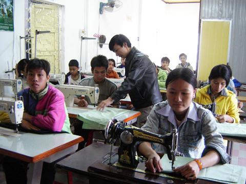 Xu ly nghiem cac doanh nghiep no dong BHXH o Thua Thien - Hue
