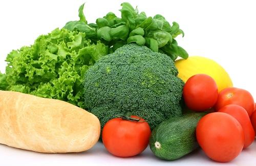 Chất xơ giúp làm giảm nồng độ cholesterol trong máu và sẽ làm bạn cảm thấy no, tránh tình trạng ăn quá nhiều dễ dẫn tới thừa cân, béo phì.