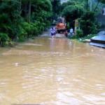 Khắc phục mưa lũ tại Thanh Hóa có sự trợ giúp của công an
