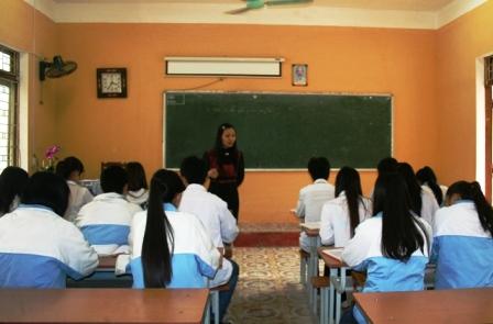 Giúp các em học sinh tiếp cận và yêu môn lịch sử hơn là vấn đề hiện rất khó khăn