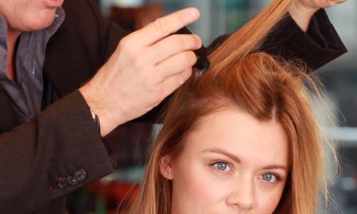 Làm thế nào với nỗi lo rụng tóc sau sinh