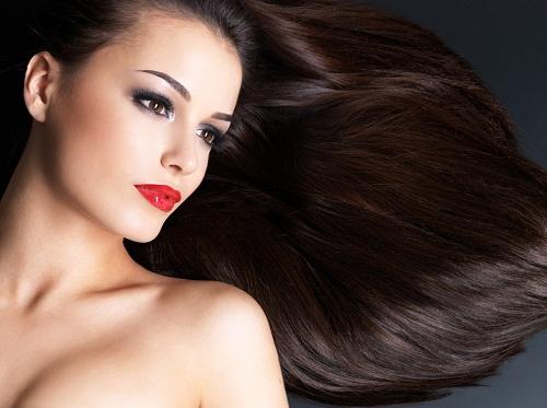 Chế độ ăn uống lành mạnh với những loại rau quả có chứa các loại vitamin thúc đẩy tăng trưởng tóc là bí quyết đơn giản giúp tóc mọc nhanh, khỏe, dày một cách tự nhiên hiệu quả.