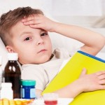 Tự hạ sốt cho trẻ tại nhà