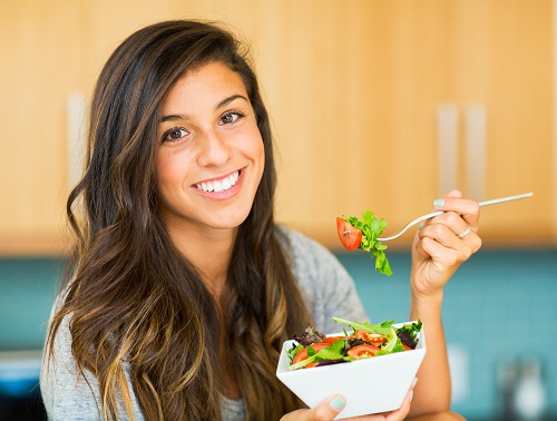 Chế độ ăn uống đóng vai trò quan trọng trong việc phục hồi chức năng của thận.