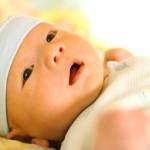 Vàng da bệnh lý và sinh lý ở trẻ sơ sinh khác nhau thế nào?