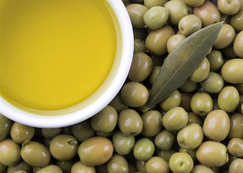 Chất chống oxy hóa và acid oleic trong dầu olive nguyên chất có thể ngăn chặn sự phát triển của các tế bào ung thư vú ác tính.