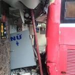 Xe khách gây tai nạn náo loạn bến xe Nước Ngầm