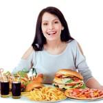 10 bệnh thường gặp khi bạn ăn quá no
