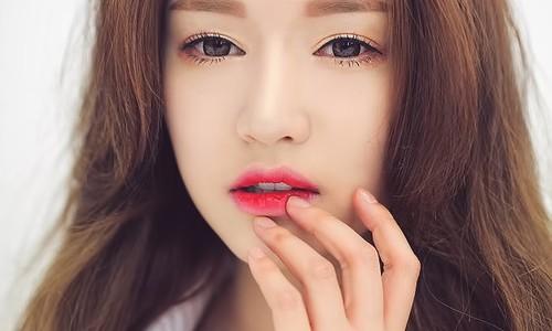 Bí quyết làm đẹp cho đôi môi từ son nước
