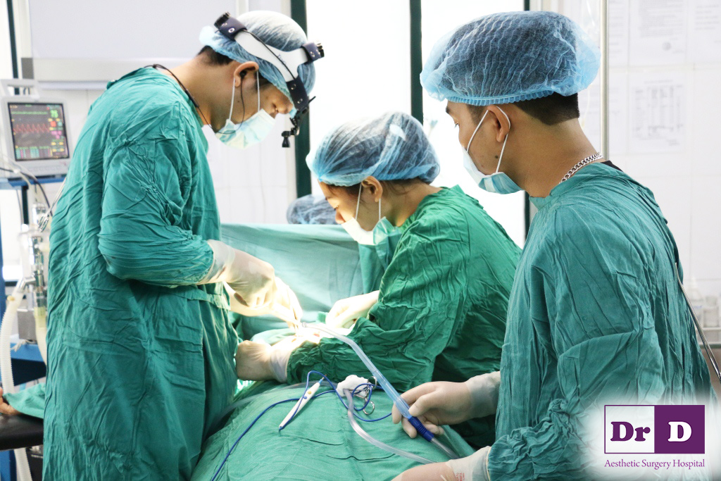Sở hữu vòng một siêu chuẩn nhờ nâng ngực nội soi trung tâm