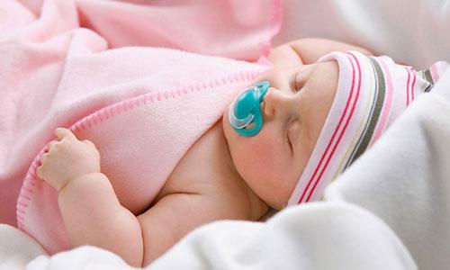 Tắm nắng đúng cách để chăm sóc sức khỏe bé yêu vào mùa đông