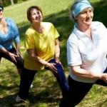Tư vấn chuyên gia về cách vân động cơ thể tốt nhất cho người cao tuổi