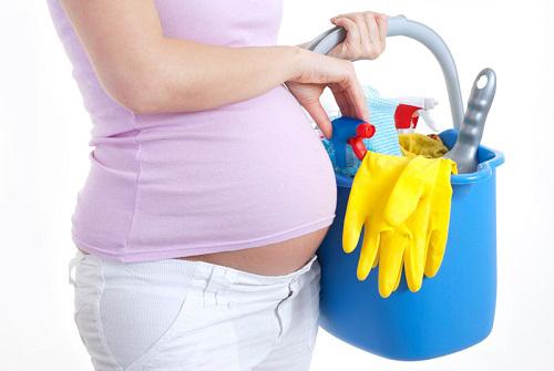 Những lưu ý mẹ bầu cần nhớ khi dọn nhà đón Tết