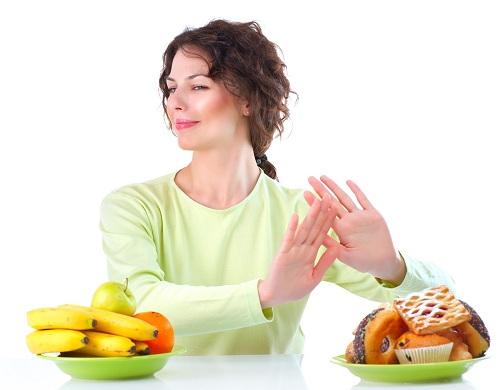 Nói không với chất béo là quan điểm giảm cân sai lầm nhiều người mắc phải.