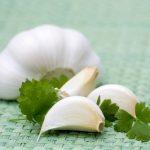 Chia tay mụn trứng cá bằng nguyên liệu tự nhiên