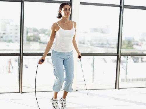 Nhảy dây cũng là cách tăng kích thước vòng 1 hiệu quả