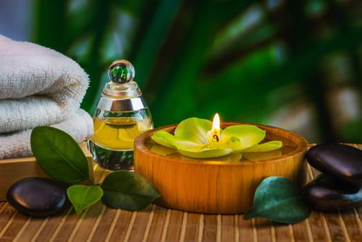 Cách massage ngực bằng dầu dừa