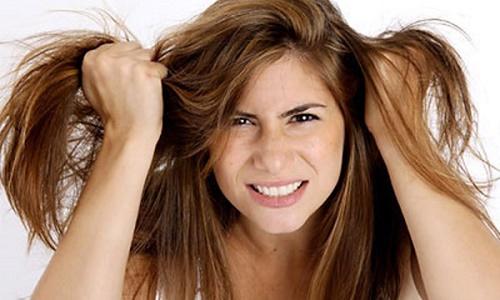 Nấm da đầu khiến chị em khó chịu và ngứa ngáy