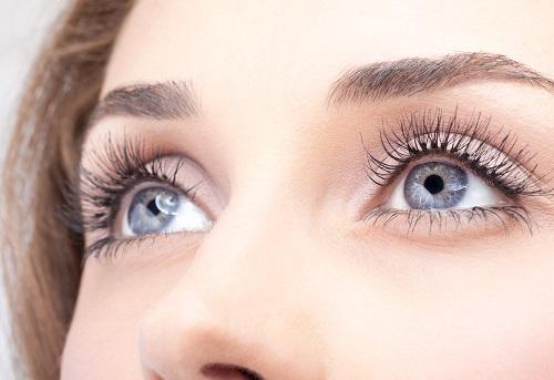 Mắt đẹp cho bạn thêm quyến rũ