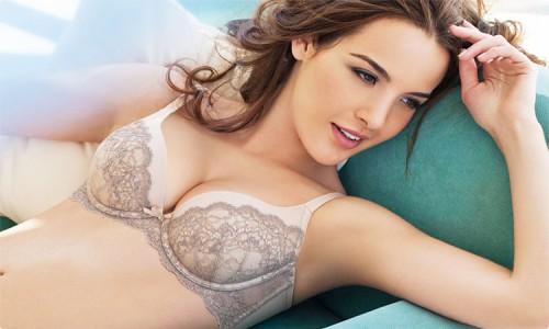 Vòng ngực đẹp khiến phái nữ tự tin và hấp dẫn hơn
