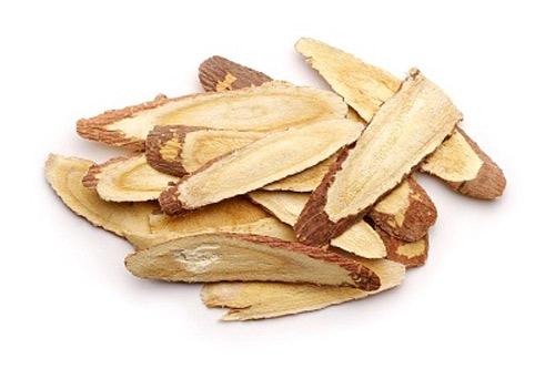 Cam thảo là thảo dược có công dụng tăng kích thước vòng 1