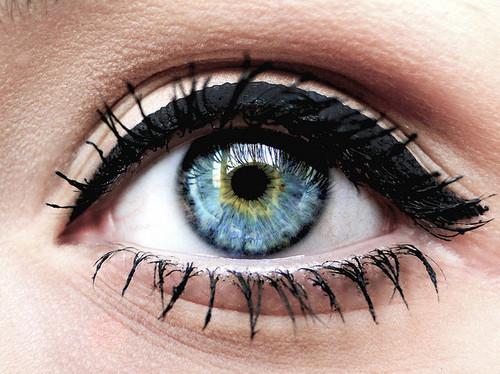 Đôi mắt - chi tiết khơi lên từng nét đẹp tiềm ẩn trong bạn