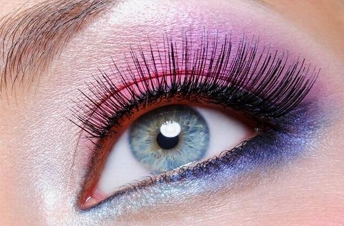 Mắt 2 mí to đẹp sẽ giúp bạn thu hút hơn