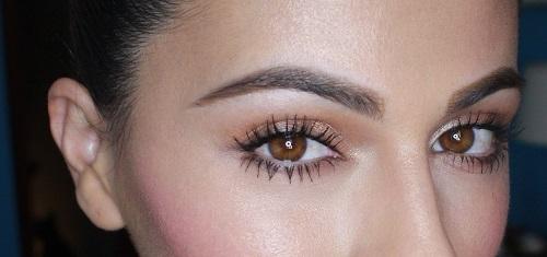 Mí mắt - chi tiết gợi lên tất cả vẻ đẹp tiềm ẩn ở bạn
