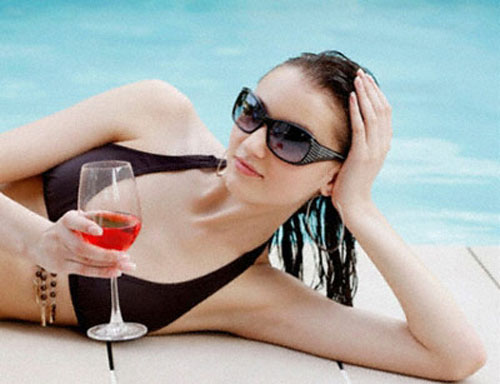 Uống rượu vang đúng cách là lợi thế trong quá trình giảm cân