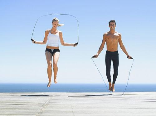 Mỗi ngày dành ra 30 phút đến 1 tiếng để tập với bài tập nhảy dây
