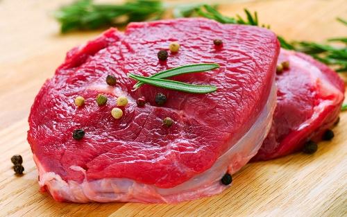 Thịt bò là thực phẩm bạn cần bổ sung