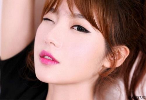 Mí mắt là chi tiết quan trọng đối với tổng thể nhan sắc của phái nữ