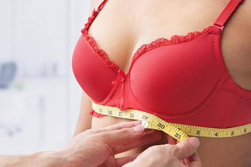 Chọn áo ngực chuẩn size là điều đặc biệt quan trọng