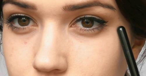 Phẫu thuật sụp mí bẩm sinh sẽ giúp bạn có đôi mắt hút hồn như mong đợi
