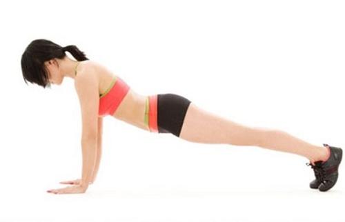Tập thể dục cũng là cách tăng kích thước vòng 1 mà bạn không nên bỏ qua