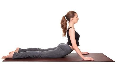 bạn không chỉ có được vòng 2 thon thả mà còn có được một cơ thể khỏe mạnh nhờ tập luyện tư thế rắn hổ mang