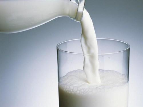Sữa bò cũng có công dụng trên
