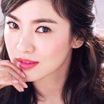 Ngắm những đôi mắt 2 mí đẹp long lanh của sao Hàn
