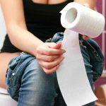 Bật mí những thói quen đi vệ sinh khiến bạn rước bệnh vào người
